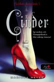 Marissa Meyer: Cinder (Holdbéli krónikák 1.)